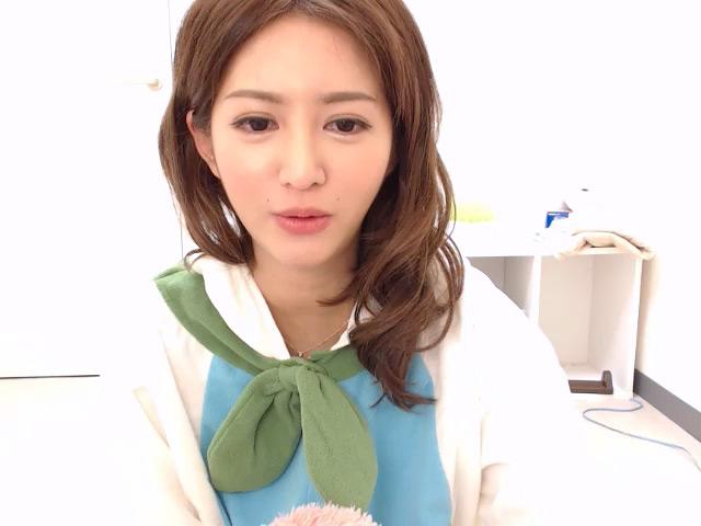 麻生希ライブチャット出演中写真 1